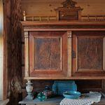 drewniany, stary kredens
