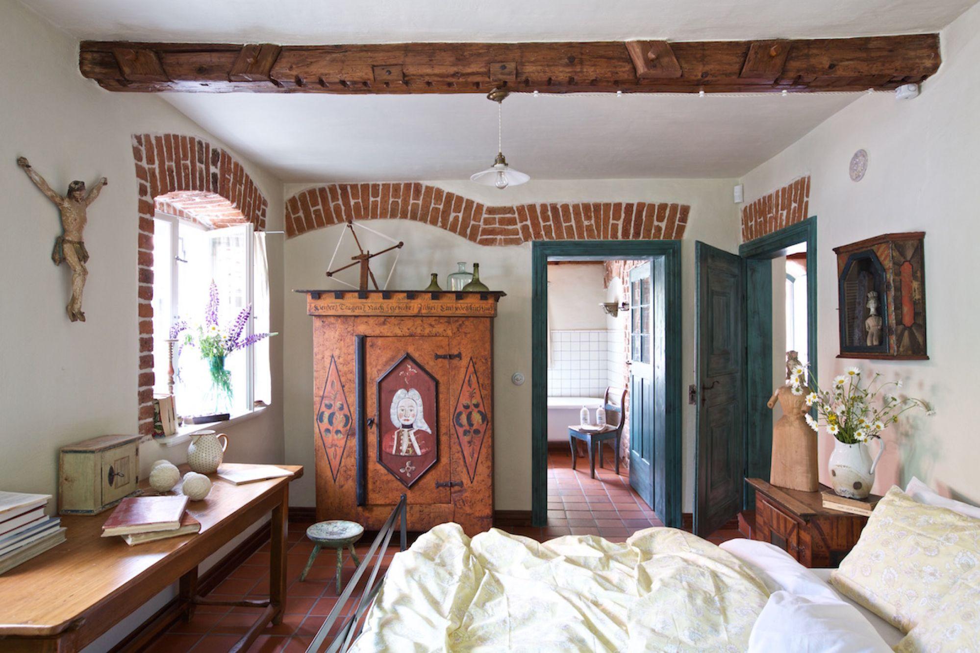Stara wiejska szafa