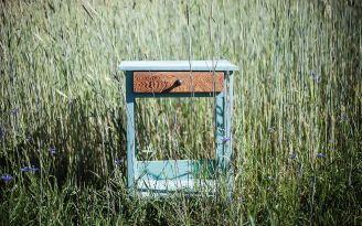 Renowacja mebli z Wióry lecą: jak krok po kroku odnowić szafkę?