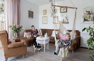 Romantyczne i przytulne wnętrza domu w starej pieczarkarni