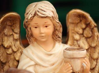 Skąd się wzięli anieli?