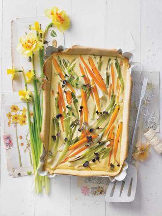 Kolorowy quiche porowo-marchewkowy