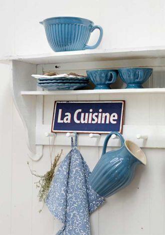 Półki i półeczki do kuchni w stylu country