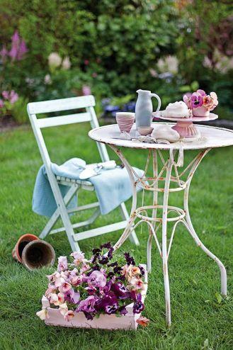 Kompozycje kwiatowe w kolorach wiosny