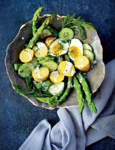 salatka z ziemniakow