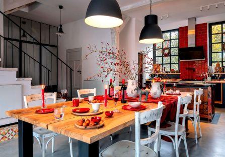 Smak rajskich jabłek: nowoczesny dom w przedwojennej stodole z cegły