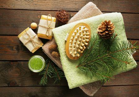 5 naturalnych kosmetyków, które zrobisz z... choinki