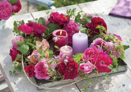 Stoły w kwiatach