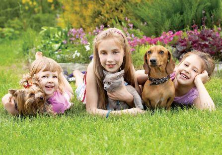Dzieci szczęśliwsze z psem