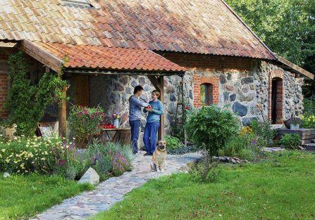 Dom w starej oborze