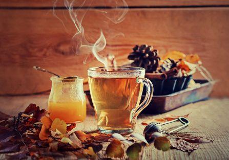 Herbata czarna, biała, zielona – jaką wybrać?