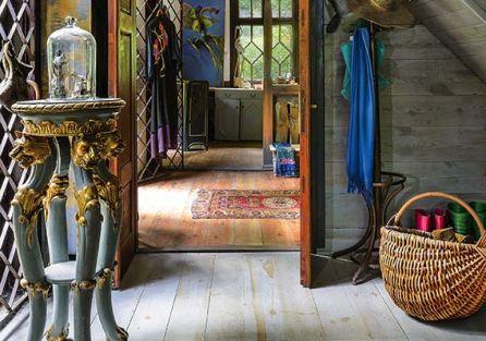 Rustykalny dom ukryty w Puszczy Kozienickiej