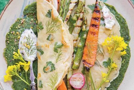 naleśniki szpinakowe z warzywami