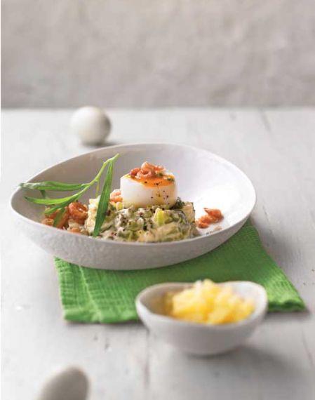Jajka z sałatką krewetkową