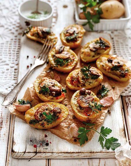 Rumiane ziemniaczki z pieczarkami