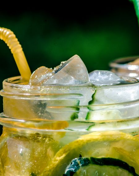 Lemoniada z miętą i ogórkiem