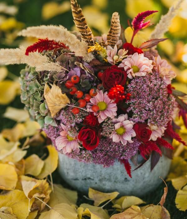 data/articles/dekoracje z dyni z kwiatami
