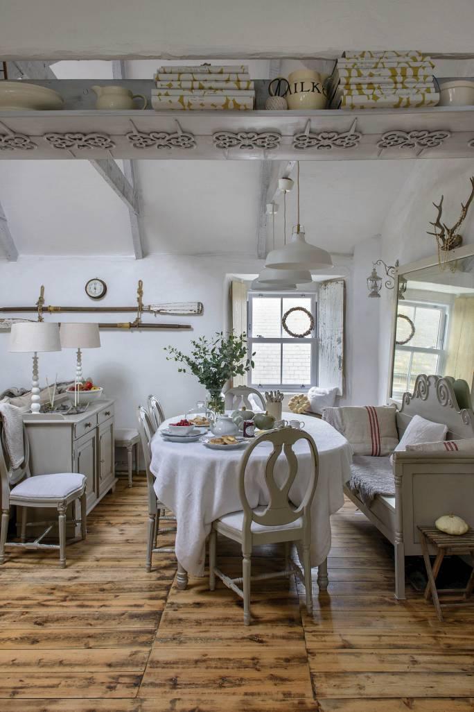 salon w stylu wiejskim