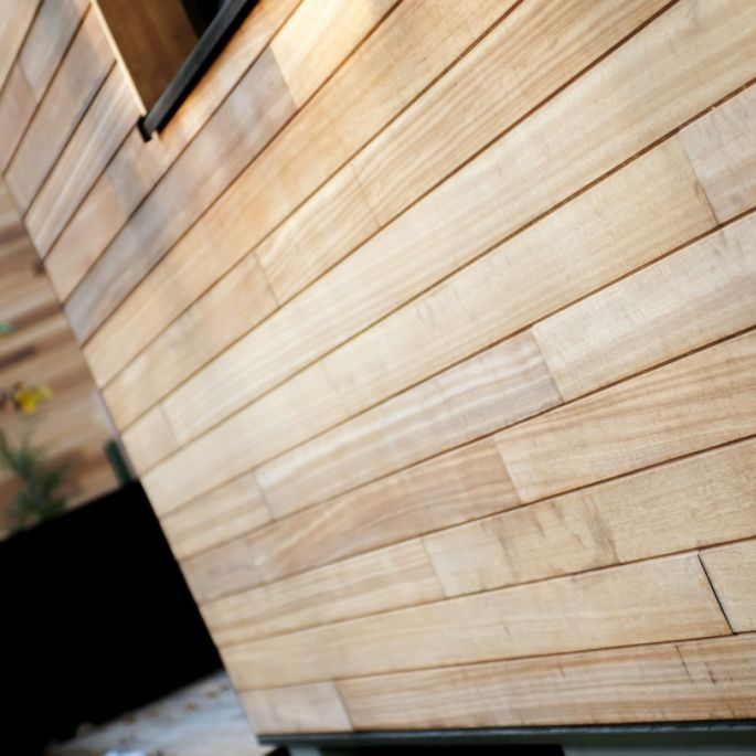 montaż drewna