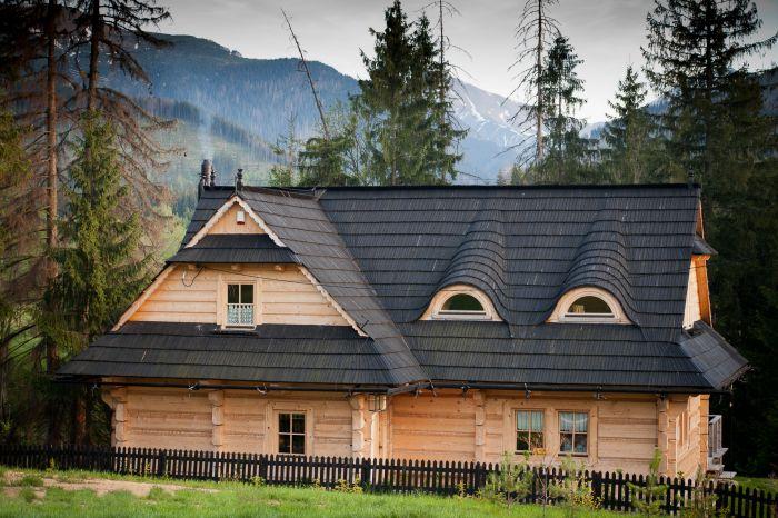Jak wybudować trwały i ciepły dom z bali