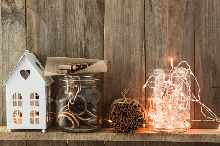 Oświetlamy dom na święta czyli jak wybrać lampy LED