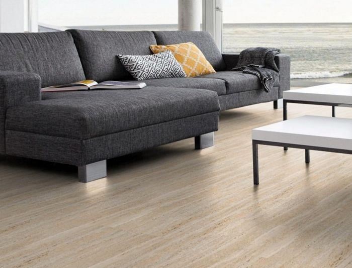 Panele winylowe samoprzylepne – prosty i szybki sposób na renowację podłogi