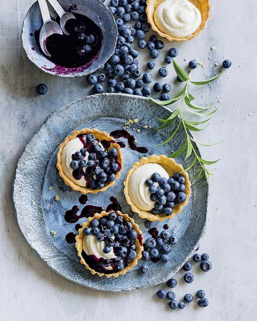 babeczki i ciasto z jagodami0.jpg
