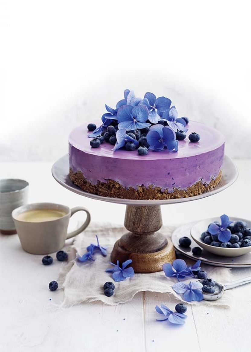 babeczki i ciasto z jagodami1.jpg