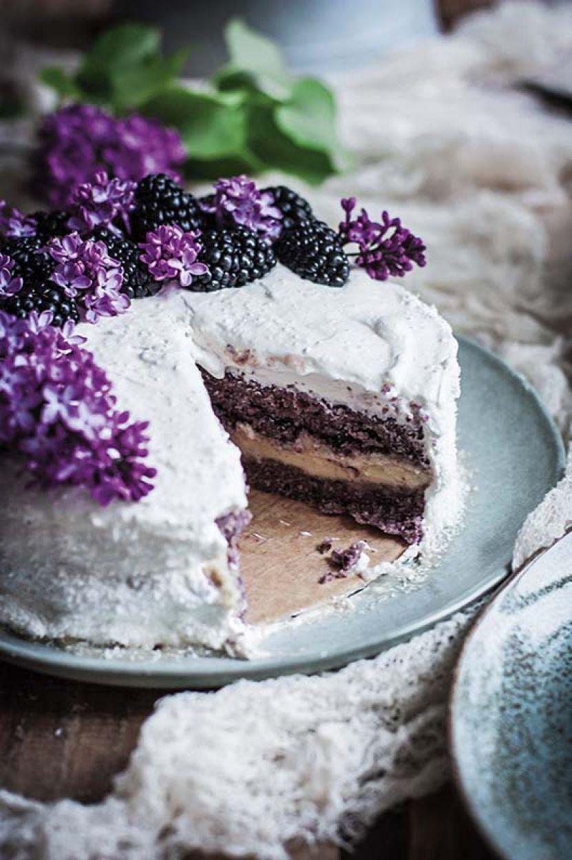 Tort z kremem kokosowym.jpg